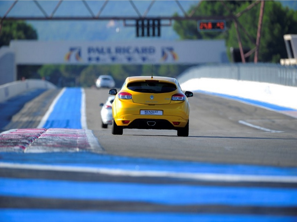 The great Paul Ricard for less than 300 hp